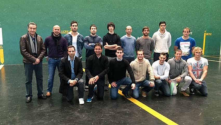 Basque Pilota Players to Mexico City