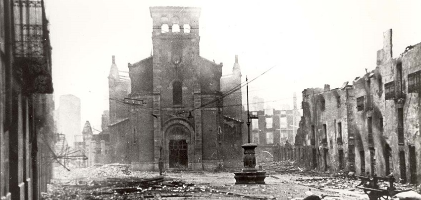 Image of Gernika after the bombing