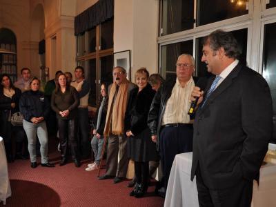 2011n ere Uruguain izan zen Mercomus Txapelketa, Euskaro EEak antolatua Piriapolis-en. Irudian, elkarteko Arin lehendakaria inaugurazio ekitaldian (argazkia Irekia)