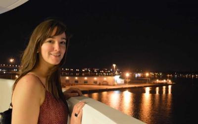 Christina Irigoyen euskal kaliforniarra Kanadan, AEBetan edo Singapurren ibili ohi da Nafarroako Unibertsitatearentzat lanean