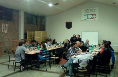 Denak Bat in Mendoza held a dinner to welcome the representatives of the Basque cluster
