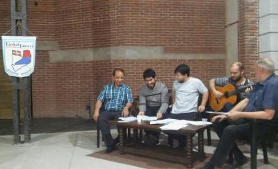 "The ""Canto Abierto"" Quintet performing its Basque repertoire at Euskal Jatorri"