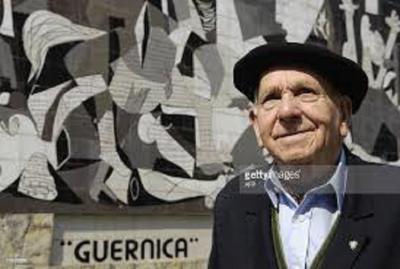 """Imagen del documental """"Gernika, el Bombardeo"""", con el superviviente Pedro Baliño"""