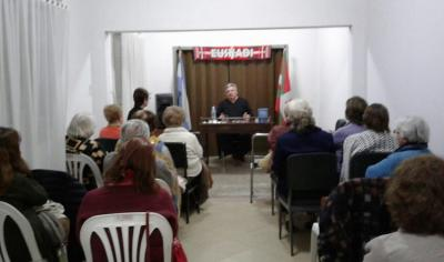 """Presentation of Cesar Arrondo's book: Hipolito Yrigoyen. """"First 100 Years of Popular Sovereignty"""" at the Azul Basque Club"""