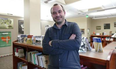 Iñaki Arrieta Baro, from Hernani, is currently the head library at the Jon Bilbao Basque Library (photo EuskalKultura.com)