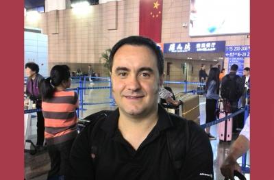 Izotz Aldana, Shanghaiko Euskal Etxeko lehendakaria da 2014an.
