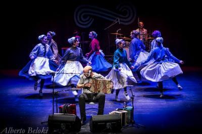 Korrontzi Folk taldea (argazkia Alberto Beloki)
