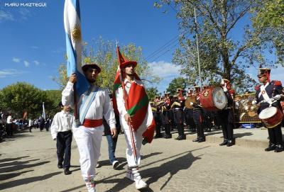 Euskal partaidetza San Nicolas hiriaren 270. urteurrenean