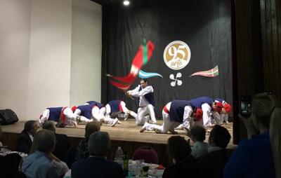 El nuevo curso de la UPV/EHU puede ser una excelente oportunidad formativa para directores de danza y dantzaris de la Diáspora