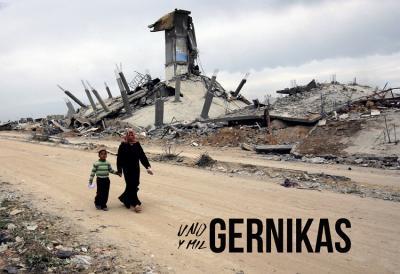 'Uno y mil Gernikas' ('Bat eta mila Gernika') erakusketaren afixa (argazkia Yannis Behrakis/Reuters)