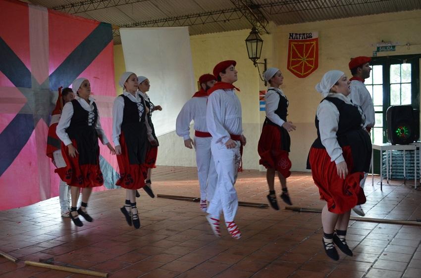 Dantzaris in Chascomus