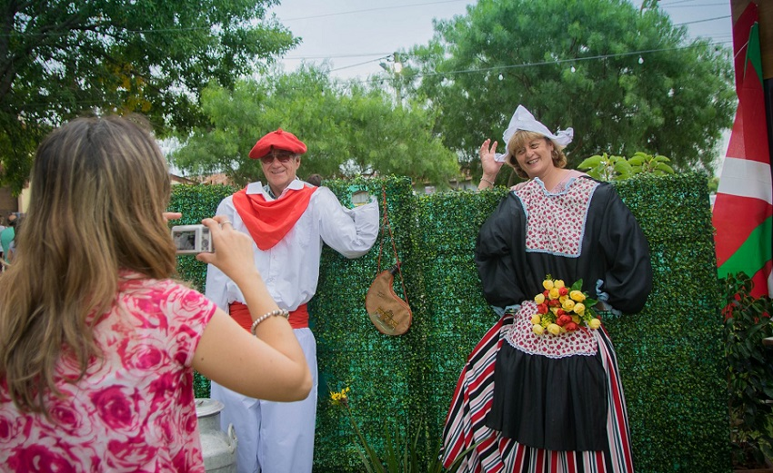 Postal vasco-holandesa en el Festival del Queso 2019