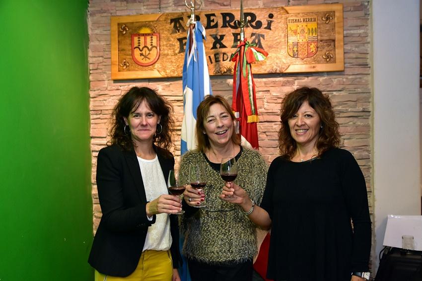 Elizabet Arrarás, Mónica Insaurralde y Betiana Gabilondo, en el primer encuentro de Gente de la Diáspora