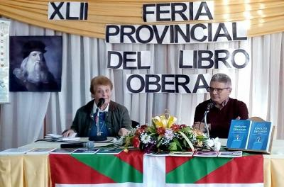 Olga Leiciaga eta Cesar Arrondo Corpus Christiko Euskal Etxeko ordezkari, 2019ko Oberako Liburu Azokan