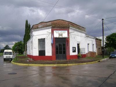 Amigos de los Vascos Peñaren egoitza (3)