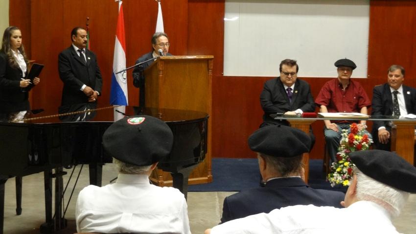 Jose Antonio Alonso Navarro Kultur Zabalkunde dekanordea ongi etorria ematen