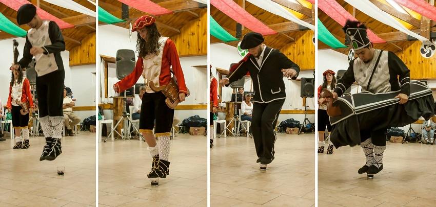 La destreza de Bariloche para la Mascarada Suletina