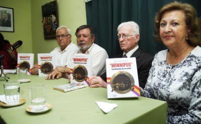 """""""Winnipeg. Testimonio de un exilio"""" liburuaren aurkezpena Valparaisoko Eusko Etxean (argazkia Valparaiso EE)"""