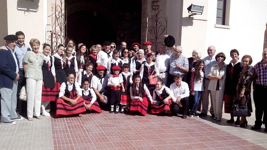Varias actividades en el Aberri Eguna de Villa María