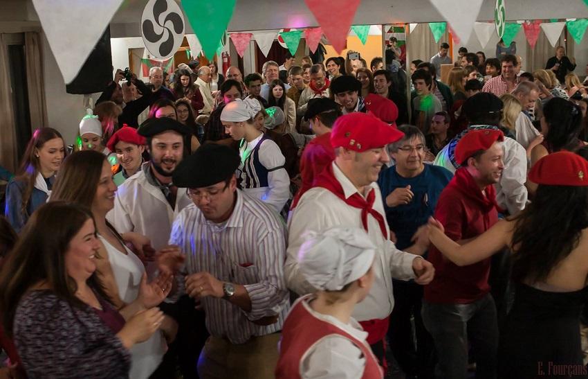Todos a bailar!