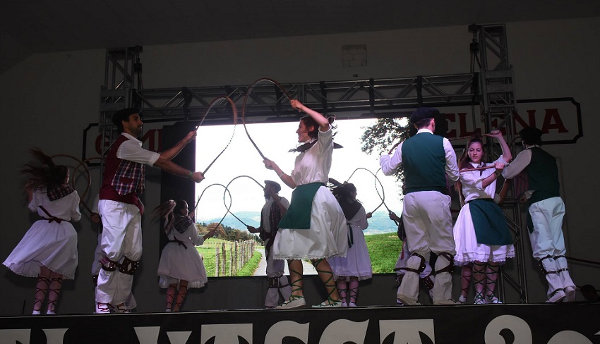 Bigarren Euskal Astea Euskaltzaleak-eko dantzarientzat