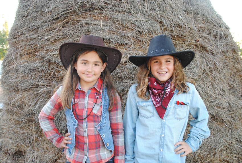 Cowgirl gazteak