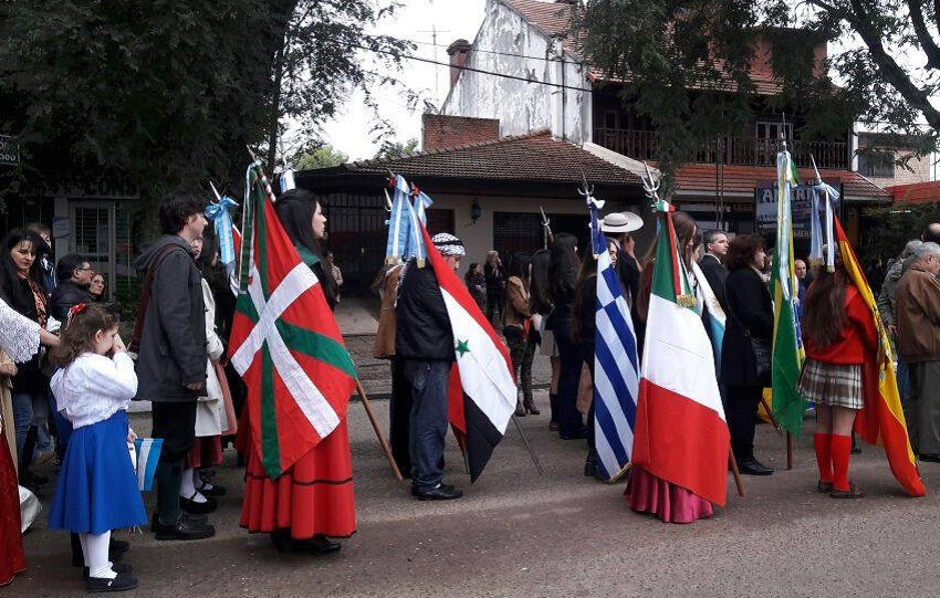 In Concordia, a group of united immigratns