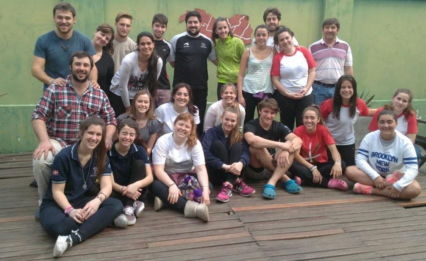 Two workshops, more than 50 dantzaris