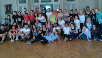 'Uzturre Munduan' elkarteko ordezkariek irailaren 17 eta 18an eman zuten dantza tailerra Buenos Airesen