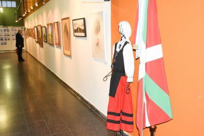 """""""Dora Valsechi Sarratea"""" Pampako Arte Bienala irailaren 23an inauguratu zen Santa Rosako Udaleko Kultur Gunean"""