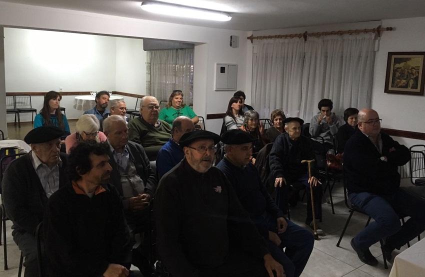 The Euskaro Club and Agirre
