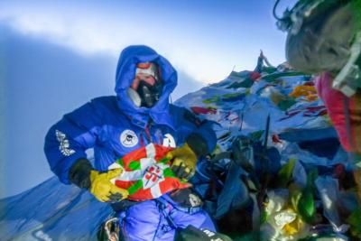 Maiatzean Brian Osoro Utahko Euskal Etxeko kidea, Everesten gailurrera heldu zen (argazkia B.Osoro)