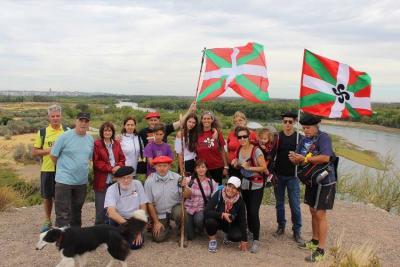 'Baskos de la Confluencia' Euskal Etxeko lagunak euren lehenengo mendi irteeran