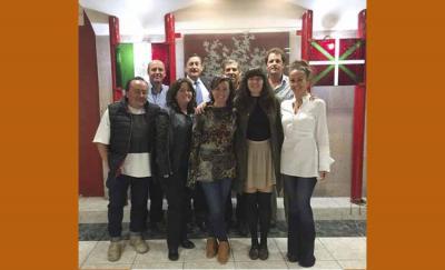 Gurutzne Etxeberria buru duen Mexikoko Euskal Etxeko Zuzendaritza talde berria