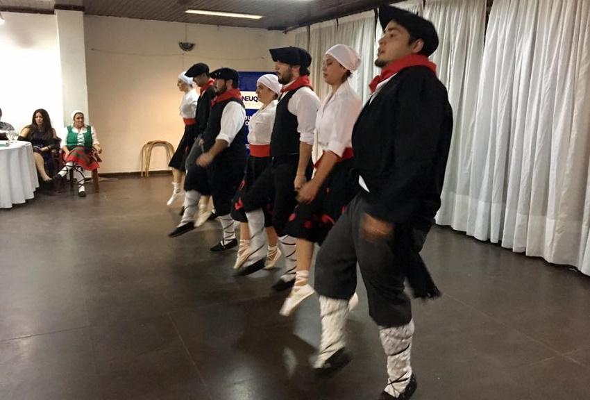 Barilocheko dantzariak ere