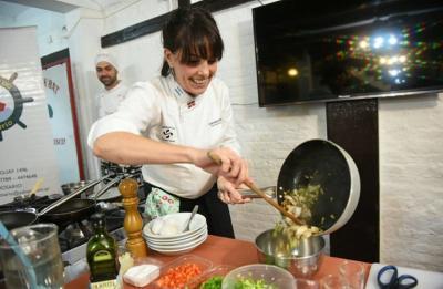 Itziar Aguirre Rosarioko Aste Gastronomikoan