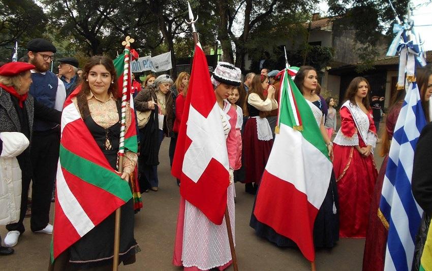 En Concordia, 'Inmigrantes Unidos'