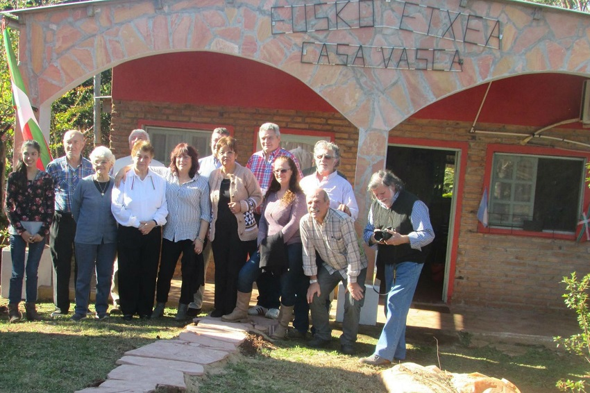 Corpus Christiko Eusko Etxeak 2017an antolatutako Argentinar, Euskal eta Guaraní Kulturen Jaia (argazkia EE)