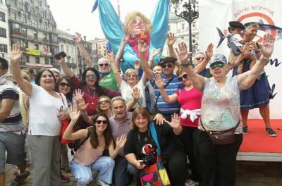 Argentine travelers on the 2017 trip at the festivities in Bilbao