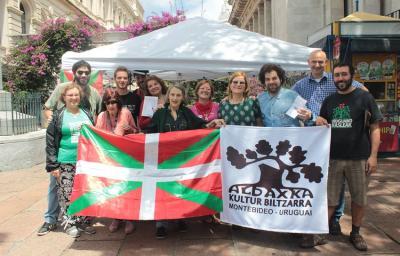 Montevideoko Aldaxka taldearen 2017ko ENEren ospakizuna