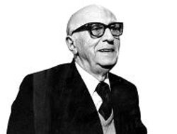 El poeta bilbaíno Juan Larrea (1895-1980) (foto El Correo)