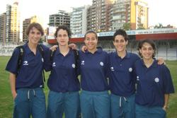 Algunas de las componentes de la selección vasca de fútbol en Buenos Aires (foto EuskalKultura.com)