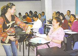 Euskara eta Euskal Kultura ikastaroa Mexikoko UNAMen, Guruzne Etxeberria irakasle