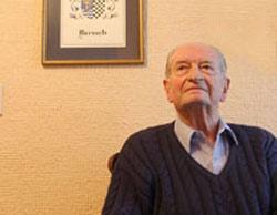 Antonio Narvarte Sanz, nacido en Irún, residía en Chile desde 1939, en que su familia llegó exiliada