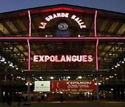 Expolangues azoka urtero edukitzen duen Pariseko pabilioiaren itxura aurreko edizio batean