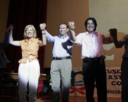 Cordobako Euskal Asteko irudia (2006): Mari Luz Artetxe, Ibarretxe lehendakaria eta Alejo Martin