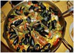 Imagen de una paella de la página web de Paellas Azpiazu