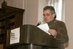 Bernardo Atxaga idazlea iaz New Yorken eman zuen mintzaldi batean