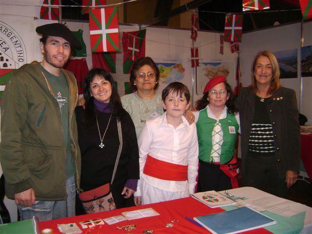 Santa Fe-ko 'Gure Etxea'koen stand-a 2008ko bertako Gizataldeen Azokan