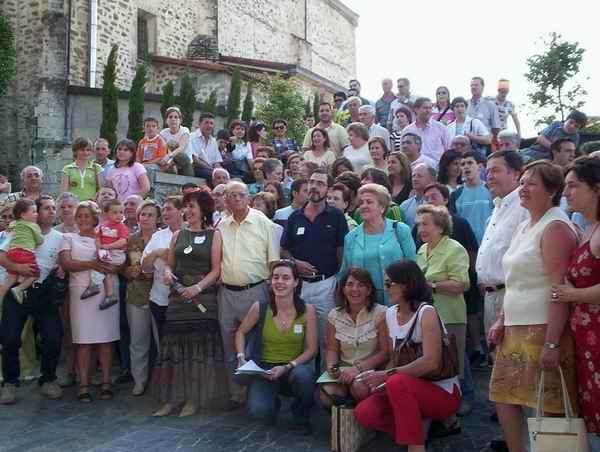 Europa eta Ameriketako Barrenengoatarrak familiaren sorburu den Amurrion bildu ziren 2005ean